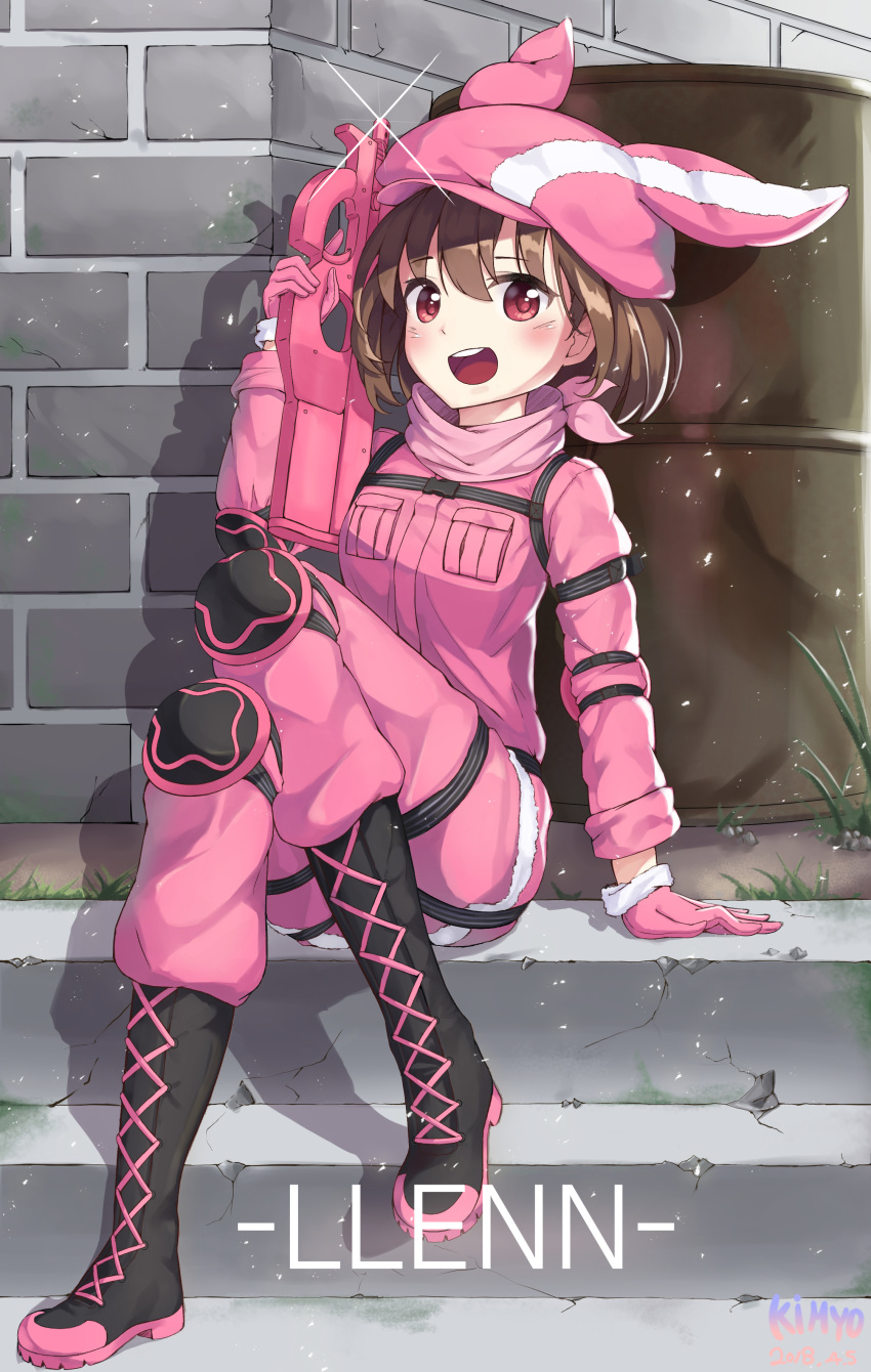 1girl :d absurdres animal_hat arm_at_side arm_strap bangs black_footwear blush boots breast_pocket brick_wall bullpup character_name cross-laced_footwear dated day drum_(container) elbow_pads eyebrows_visible_through_hair full_body fur-trimmed_gloves fur-trimmed_hat fur_trim gloves grass gun hat highres holding holding_gun holding_weapon jacket kimyo knee_boots knee_up lace-up_boots light_particles llenn_(sao) long_sleeves looking_at_viewer open_mouth outdoors p-chan_(p-90) p90 pants pink_gloves pink_hat pink_jacket pink_pants pocket round_teeth shadow shiny shiny_hair short_hair signature sitting smile solo stairs submachine_gun sword_art_online_alternative:_gun_gale_online tareme teeth trigger_discipline weapon