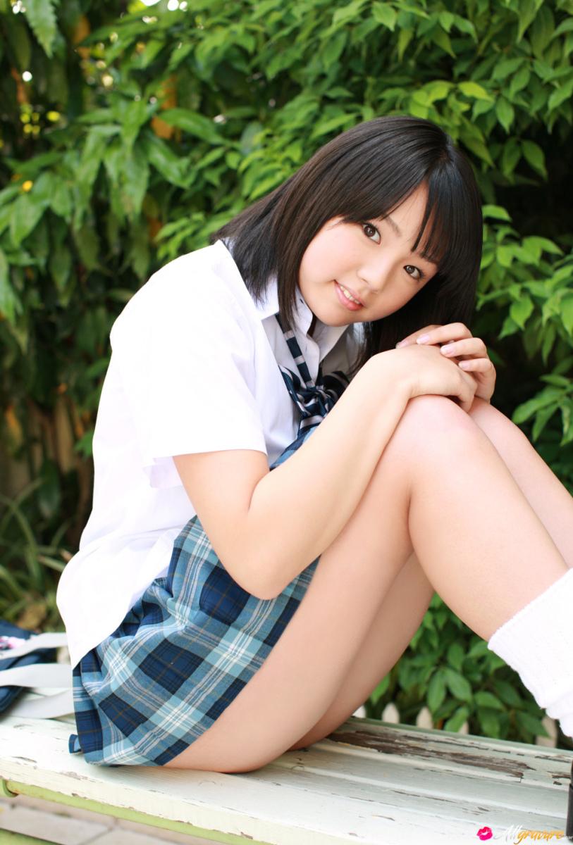 Фото юных японских девочек 22 фотография