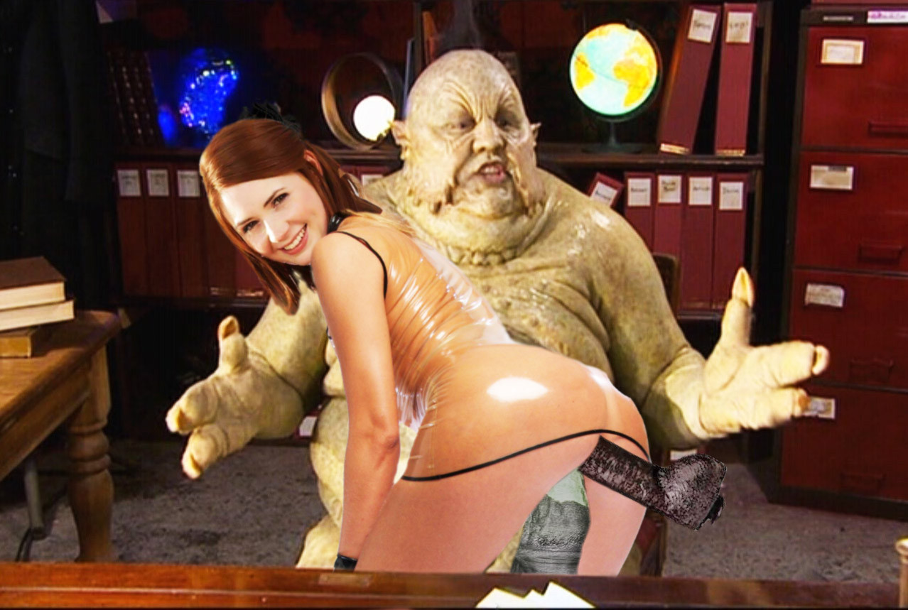 bar-latches-doctor-who-and-torchwood-all-girls-nude-based-girl-nude