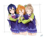 3girls bangs blue_hair commentary_request eyes_closed grey_hair hair_between_eyes highres kousaka_honoka long_hair love_live! love_live!_school_idol_project minami_kotori multiple_girls one_side_up orange_hair otonokizaka_school_uniform sandwiched scarf shared_scarf simple_background smile sonoda_umi suan_ringo white_background yellow_eyes