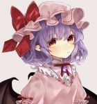 1girl arm_ribbon bangs bat_wings blush bow breasts brooch commentary_request dress eyebrows_visible_through_hair frills grey_background hair_between_eyes hat hat_bow highres jewelry lavender_hair neck_ribbon pink_dress pink_hat pointy_ears puffy_short_sleeves puffy_sleeves red_bow red_eyes red_neckwear red_ribbon remilia_scarlet ribbon short_hair short_sleeves simple_background small_breasts solo touhou upper_body wings yedan